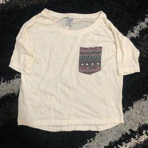 Cream t-shirt with pocket